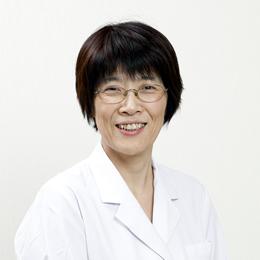 栄養科 科長 中村 理佳子